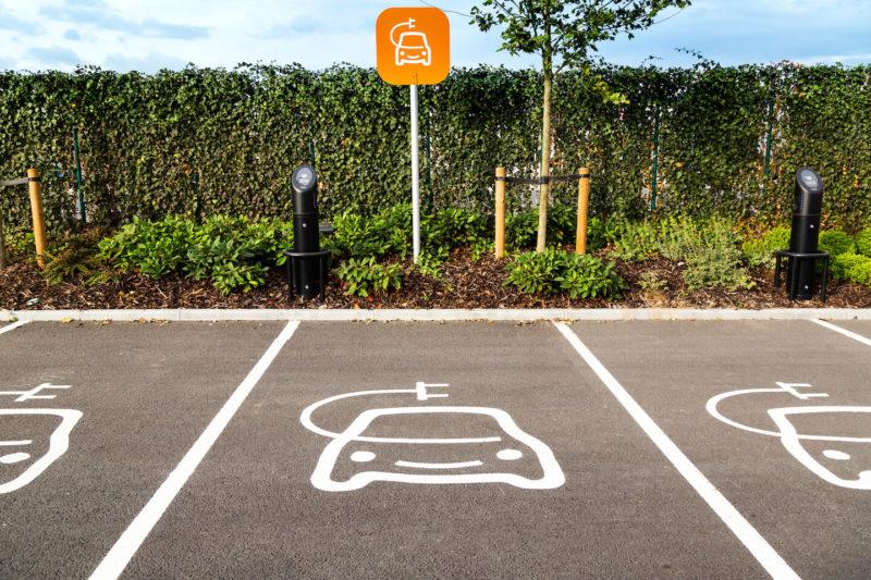 Entro il 2025 le auto a benzina o diesel potrebbero essere out
